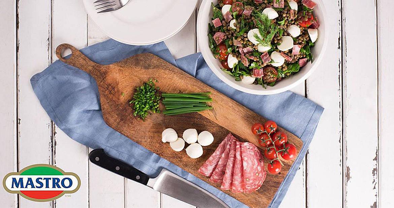 Salade de lentilles aux fines herbes et au salami de Gênes