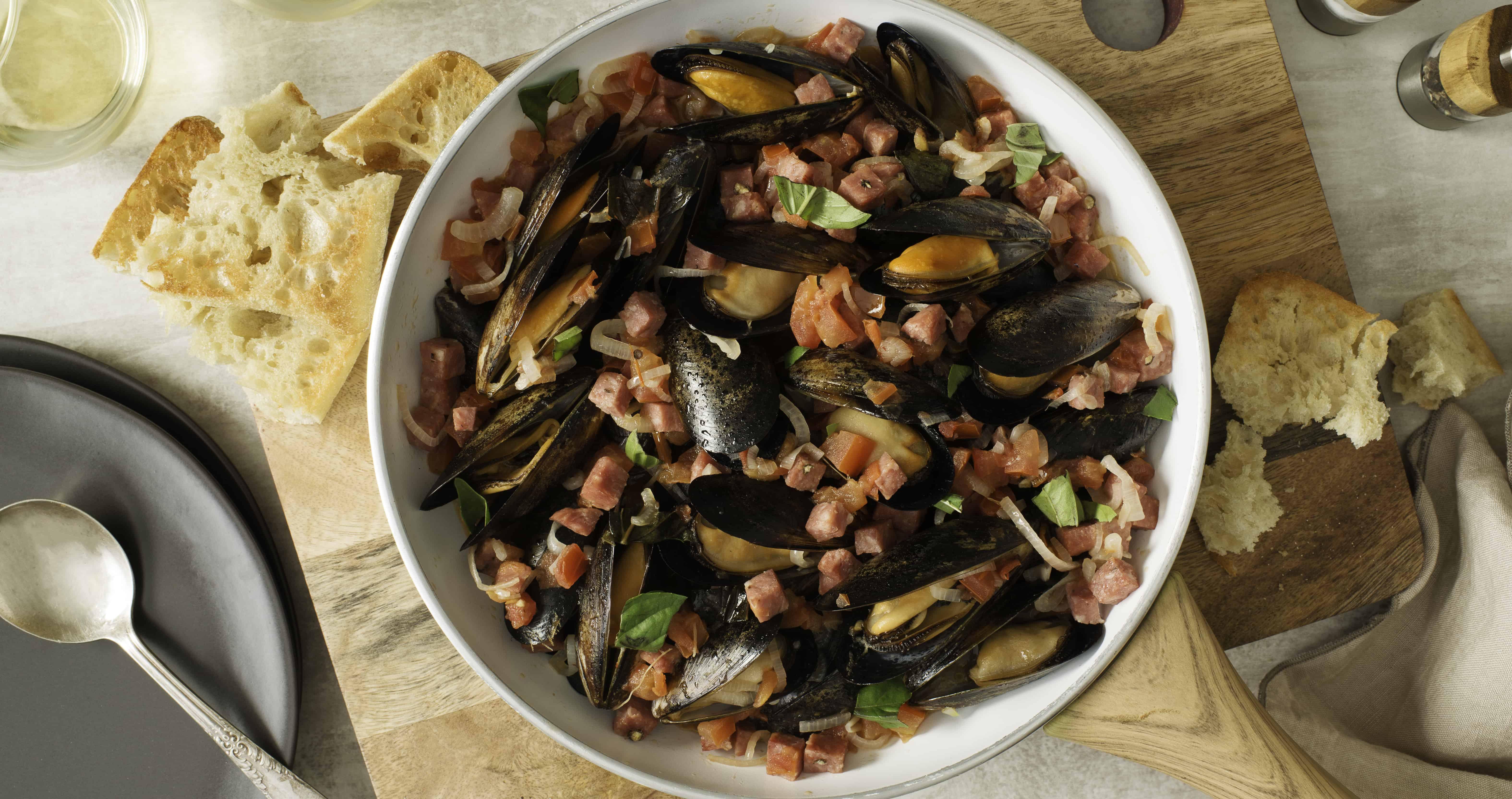 Moules au safran et au salametti