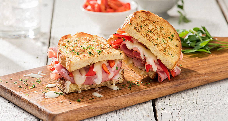 Sandwich au capocollo Monte Cristo