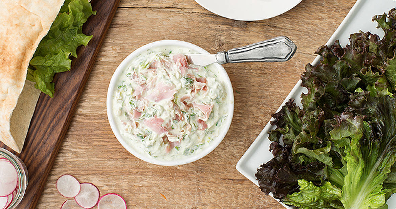 Sandwich au Prosciutto Cotto et à la salade d'avocat