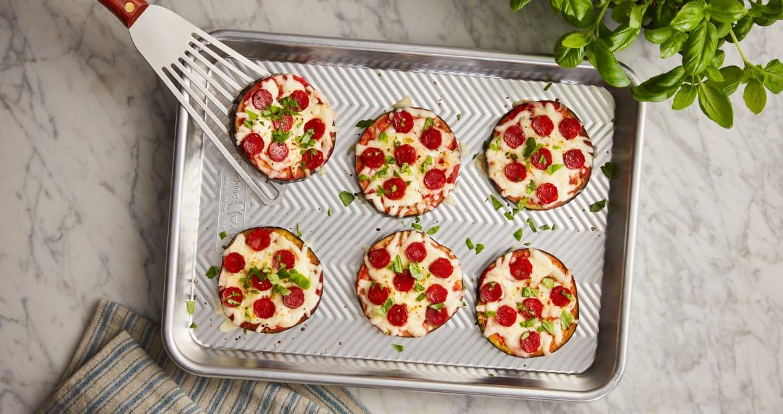 Pizza céto à l'aubergine et au pepperoni MastroMD
